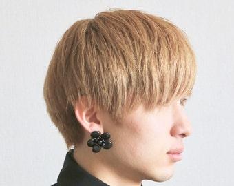 Authentic  Vintage Chanel earrings black flower ea1733