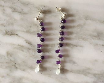 Earrings with amethyst drops.