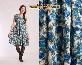 1950s vintage White Blue Roses print Cotton Rayon dress  / 50s full skirt  summer  Day dress /  size Small to Medium