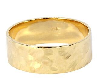 Hammered Wedding Band, Mens Hammered Wedding Ring, Mens Wedding Band, Wedding Band, Faceted Ring, Yellow Gold Wedding Ring, Men Wedding Band