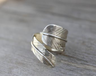 Sterling silver handmade feather ring.Silver 925 tribal feather.Boho style.Authentic design.Regulable silver ring.Unique.