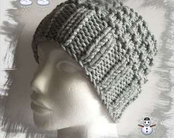 Hat for men, women or teenagers, hand knitted hat, wool yarn winter thick soft warm and comfortable, Pearl gray color