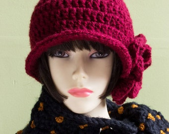 Crochet Pui Hat, Vintage style in Wine Red