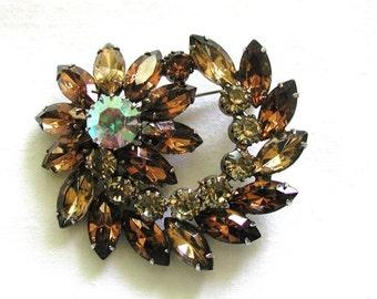 Juliana Style ... PinWheel Flower Brooch - Topaz and Rhinestones - Unmarked