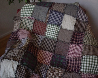 Country ~ Primative ~ Scrappy Homespun Rag Quilt