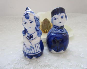 Dutch Salt and Pepper Shakers, Blue and White Salt and Pepper Shakers, Kitchen Table Decor, Dutch Boy and Girl Salt and Pepper Shakers