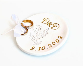 Personalized wedding ring dish with date initials and dove, Ceramic ring holder, Monogrammed trinket dish, Rustic wedding ring bearer pillow