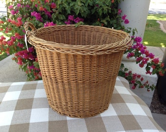 Vintage French Round Laundry Basket with a Handle
