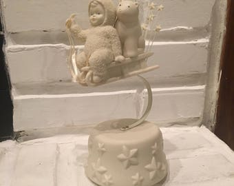 "Snowbabies ""Sliding Through the Milky Way"" Music Box - Department 56 - Plays ""Twinkle, Twinkle Little Star"" - IN BOX!"