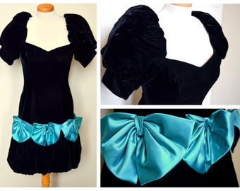 Vintage 1980s Black Velvet Prom Dress With Teal Satin Bows - Size XS to S // Party Dress // Prom Dress // Formal Dress