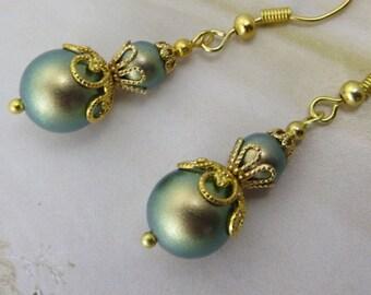 GREEN EARRINGS Gold Earrings Filigree Earrings Antique Earrings Vintage Jewelry Swarovski Bridesmaid Gift Her Shabby Chic French Provincial