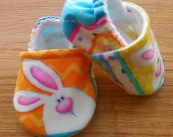 Easter Bunny baby shoes ,Easter baby shoes,Easter cotton fabric,Soft  baby shoes,Baby shower gift,gift,Babyshoes,Baby girl shoes,Handmade