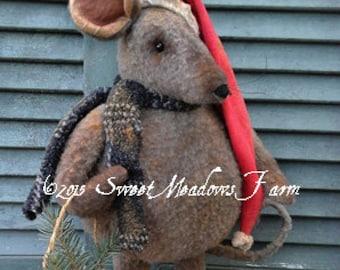 Primitive Epattern Merry Chris Mouse Doll