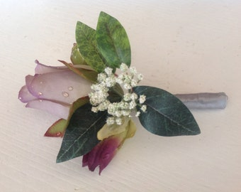 CLEARANCE Boutonniere, Lavender and Gray Boutonniere, Groom Bountonniere, Beach Boutonniere, Father Boutonniere, Wedding Decorations