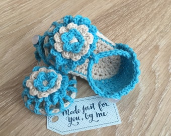 Crochet Baby Girl Simply Summer Sandals, Gift Box Idea for Baby Shower, Pregnancy Announcement and Gender Reveal to Grandparents and Family