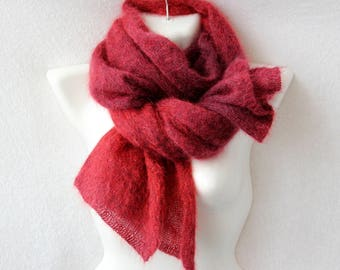 Mohair and silk scarf of burgundy color