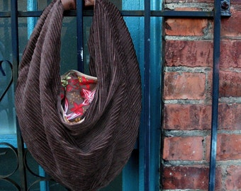 Hobo Bag Sewing Pattern PDF. Designer Fall Fashion by Skadoot on Etsy.