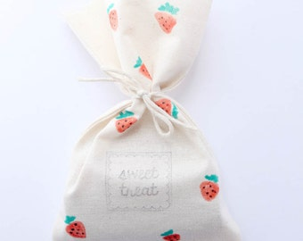 Strawberry Favour Bags - Strawberry calico bags, strawberry shortcake, strawberry party