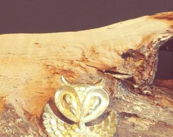 Goldtone Vintage Owl Pin