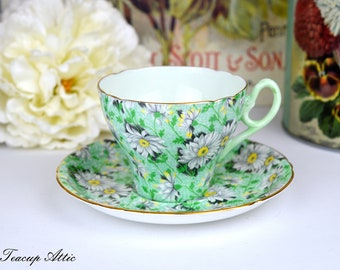 Shelley Green Daisy Chintz Teacup And Saucer Set, English Bone China Tea Cup Set, ca. 1945-1966