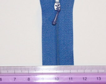 WORLDS SMALLEST ZIPPER in Blue #918. 2mm across. Kit for Doll Clothes and other Small Projects