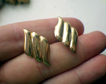 14k Gold Earrings - Three Wave Pattern - Solid Gold - Pin Back.