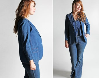 SALE Vintage 1970s Denim Blazer- Blue 70's Women's Jean Retro Tomboy Blue Button Up Long Sleeve Jacket Menswear - Size Medium or slim Large