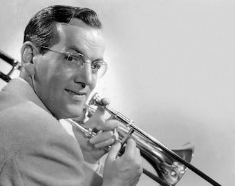 Glenn Miller American Orchestra Bandleader Big Band Swing Music 7X5, 10x8 or A4 Photo