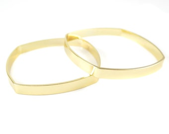 Gold Plated Rounded Square Cuff Engraving Bracelet (1x) (K411)