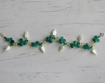 Citrine, green onyx and mother of pearl leaf bracelet, with sterling silver clasp.