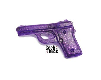 Glitter resin fire pistol gun brooch rebel