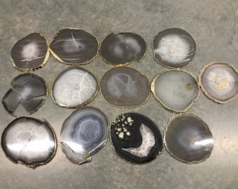 lot 2 - 13 broken agate coasters. Gold and silver plated  coasters for sale.