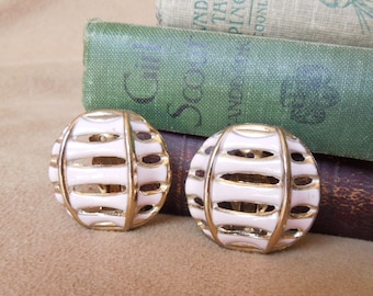 Vintage 60's Earrings, Pink and Gold Lantern Clip on Earrings, Asian or Chinese Inspired, Mid Century, Rockabilly, 50's Style