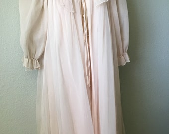 1950s 1960s Seamprufe nightgown set
