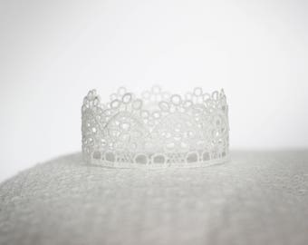 Emma Newborn Lace Baby Crown Photography Prop White Pink Gold Silver Blue Birthday Wedding Cake Topper