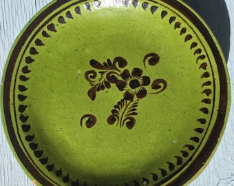 Vintage Mexican pottery Plates ~ Tole Flowers ~ Old Mexico ~ Green Slipware