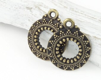 Antique Brass Bali Ring Pendants Brass Oxide Bali Style Charms TierraCast Pewter (P1135)