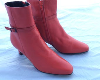 Vintage red leather ankle boots size 7 retro