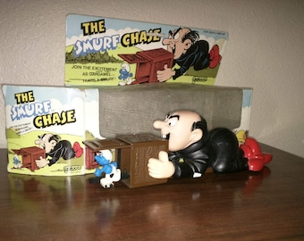 Rare Smurfs Vintage Toy, The Smurf Chase with Gargamel wind up toy Galoob, 1983 wallace berrie peyo gargamel smurf chase windup plastic toys