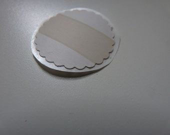 Circle sticker envelope seals - china white with gold stripe and scalloped edges
