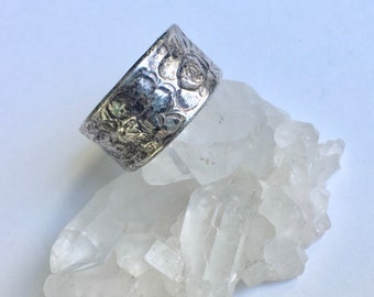 wide sterling flower band, size 9