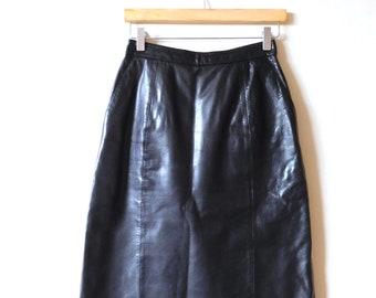 Waist 26 Black Pencil Skirt Vintage 1980s Knee Length 1980s skirt Pencil skirt Below the knee skirt Black skirt Leather