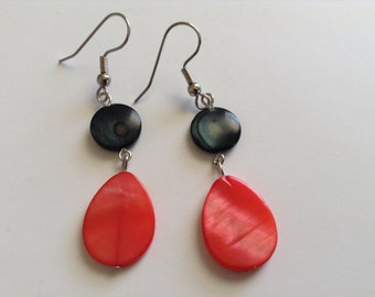 Dark salmon with black mother of pearl earrings (item #184)