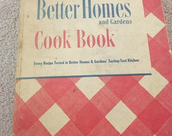Vintage 1940s Better Homes & Gardens Cook book