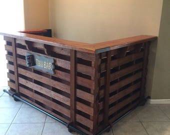 The Coral Reef ~ Pallet Bar /  Tiki Bar                                   •• Spring Sale •• Custom Designed For Your Home Or Outdoor Area.