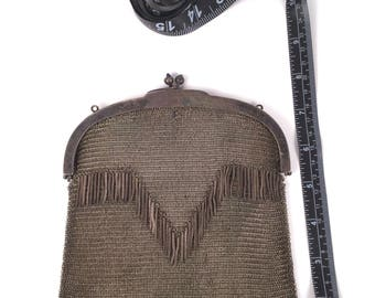 Vintage 1910s 1920s Metal Mesh Bag With Chevron Fringe, 20s Flapper Purse With Kiss Clasp Frame, Art Deco Evening Bags, Edwardian Handbag,