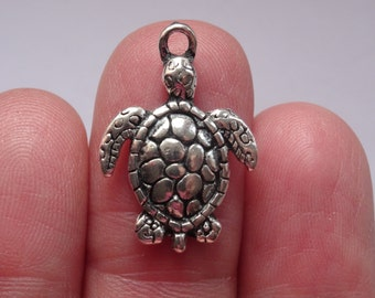 8 Turtle Charms Antique Silver - SC603