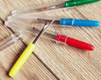 Quickly unpicks plastic handle and clear Cap (4 colors)