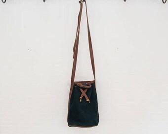 Little Bag bucket bag shape .