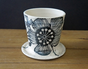Sgraffito Flower Pottery Pour Over Cone - Ceramic Pour Over Dripper - Mother's Day Gift - Pottery Pour Over Brewer - Coffee Lovers Gift